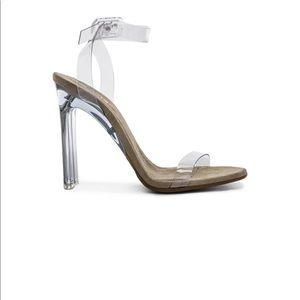 ff1282448 Yeezy Season 6 Ankle Strap Sandal size 40 NEW